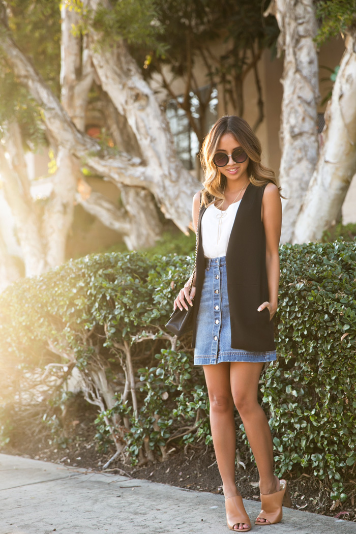 These Denim Skirt Outfits Will Make You Become A