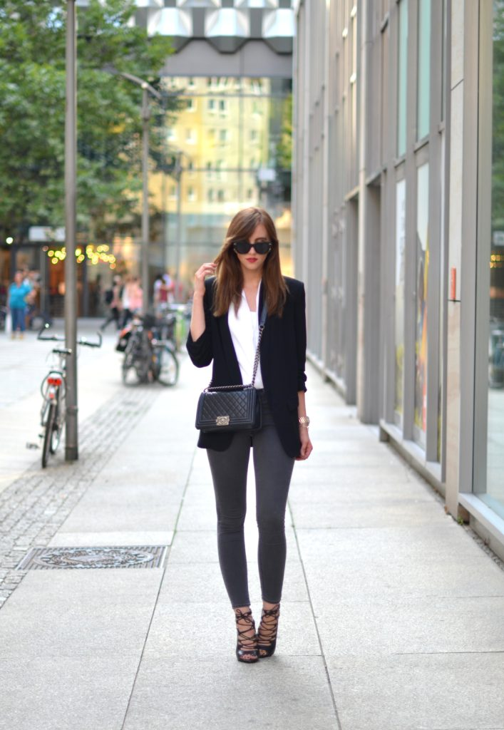 Just The Design: Black blazer, white shirt, grey trousers and lace up shoes. Via Barbora Ondrackova  Top/Blazer: Zara blazer, Jeans: Topshop, Shoes: Missguided, Bag: Chanel