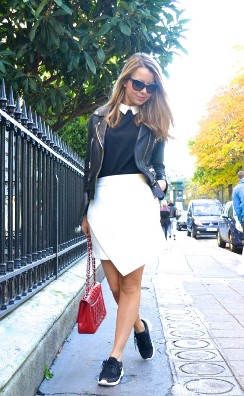 Try going preppy with a collared top and wrap over skirt. Via Caroline Louis. Sneakers: Meyba, Skirt: Gestuz.