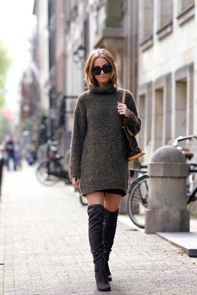 104. knee boots