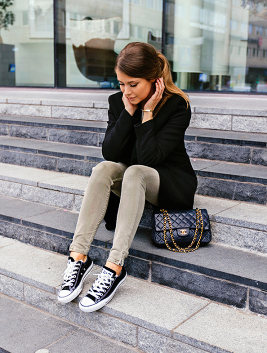 50  Fashion Hacks That Will Show You How To Wear Converse