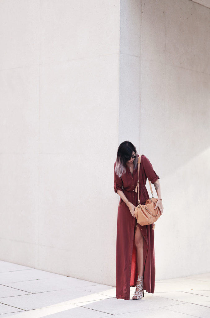 This deep red shirt dress looks ultra cool with strappy heels and a pastel coloured bag. Via Jana Wind.  Dress: Mango, Shoes: Missguided.