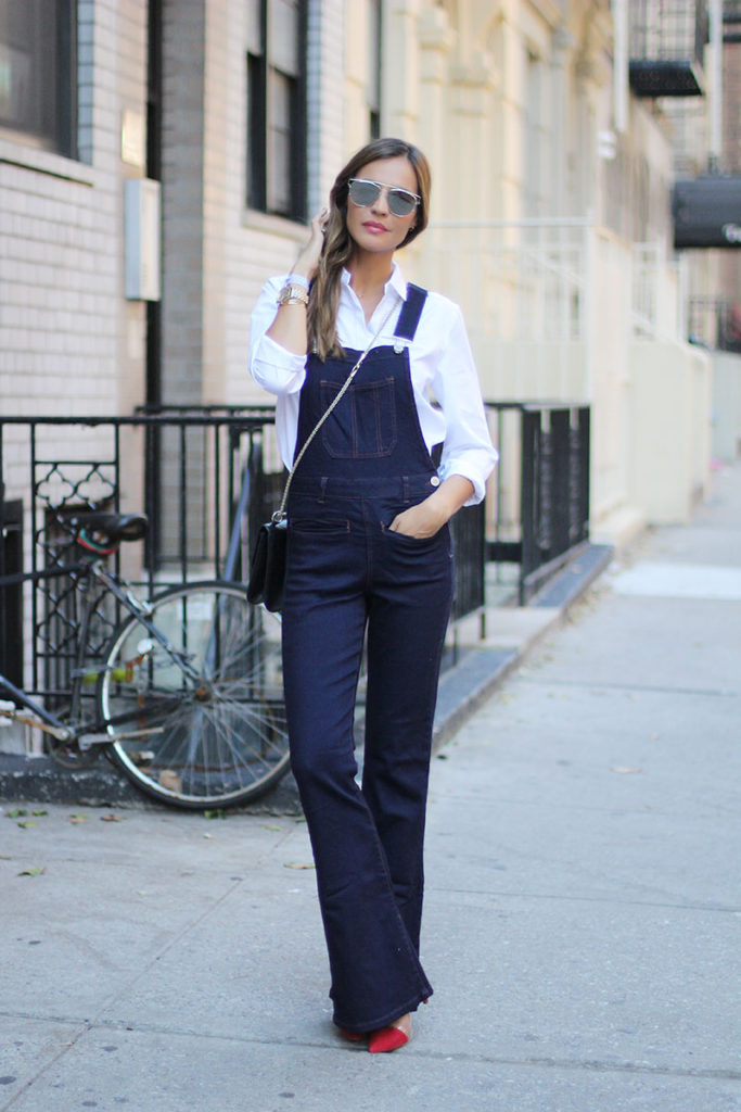 Silvia Zamora rocks these cute dungarees; try wearing yours with a white shirt to recreate this look.   Jumpsuit: Suiteblanco, Shirt: Claude Pierlot, Shoes: Ladyaddict.