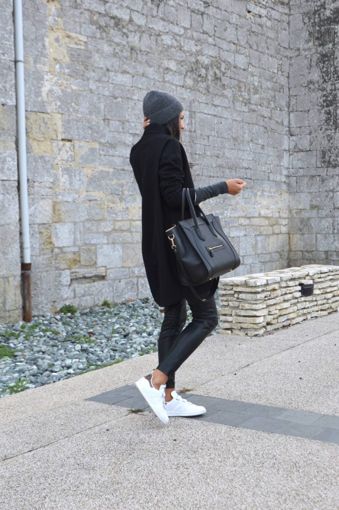 You can never go wrong in an all black outfit. Via Federica L.  Coat/Trousers: And Other Stories.