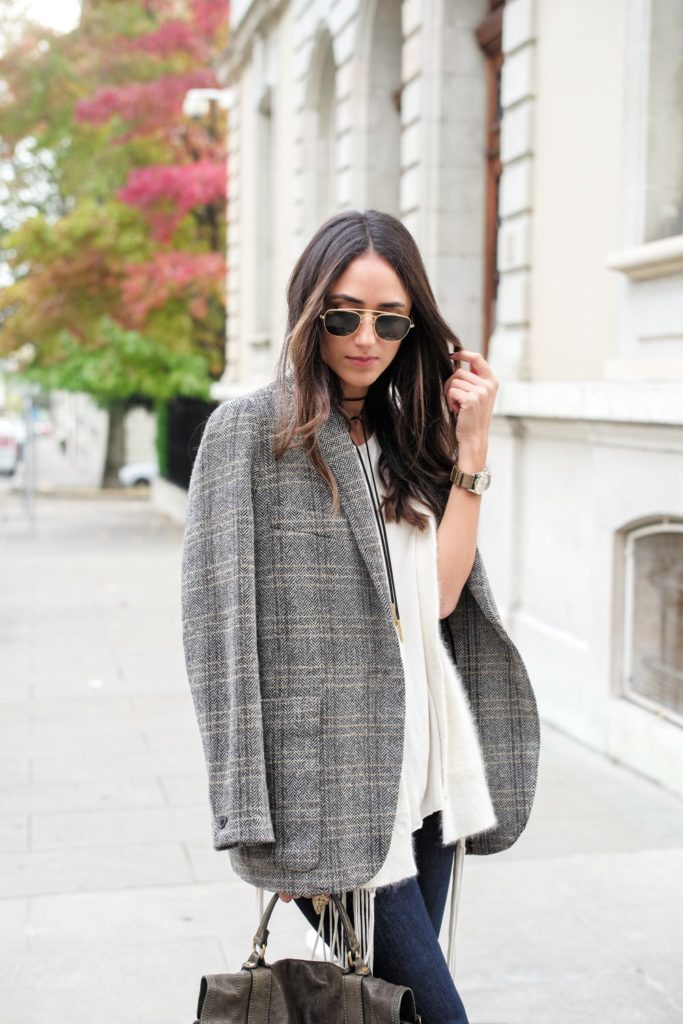 A tweed blazer is the perfect match to denim jeans and a cute pale cardigan. Via Soraya Bakhtiar.  Jacket : Etoile Isabel Marant, Top & Cardigan: Raquel Allegra, Denim: Frame.