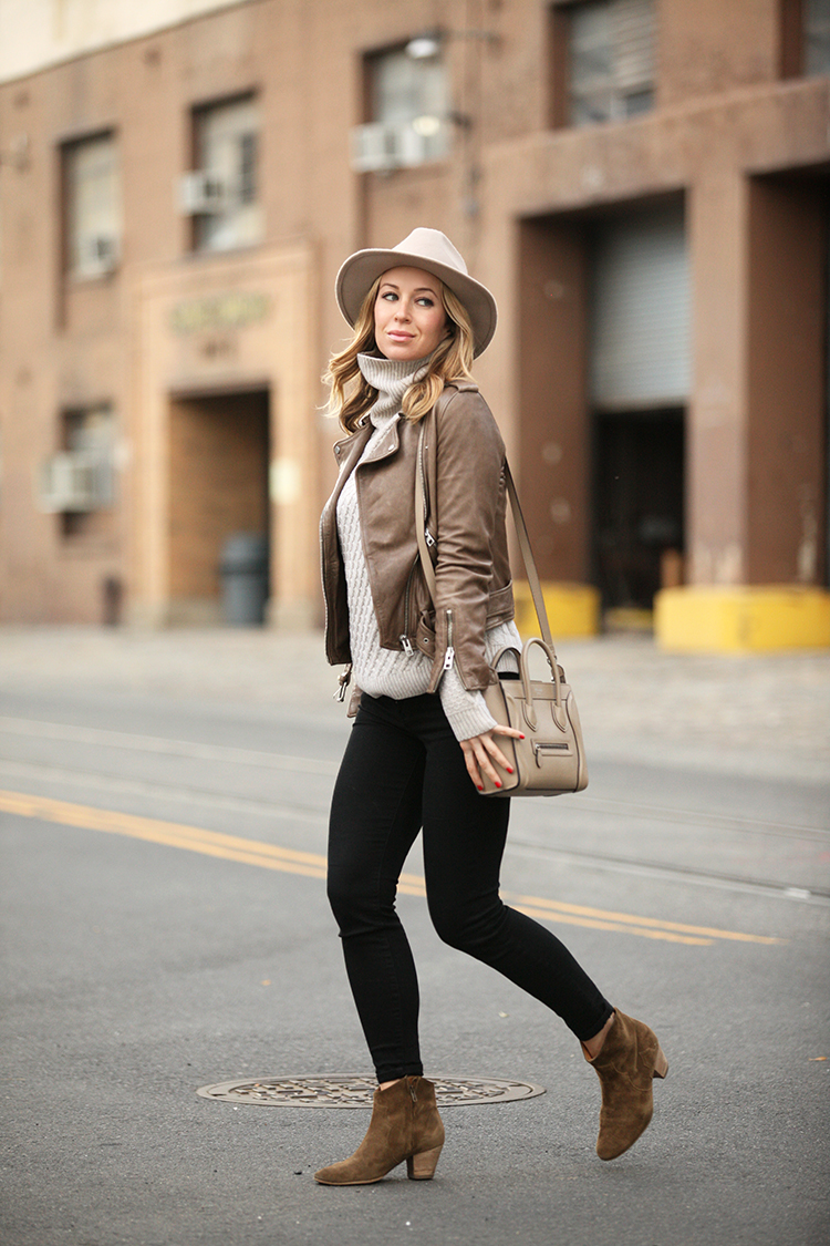 46a50fbedb3 150 Casual Fall Outfits To Try When You Have Nothing to Wear - Just ...