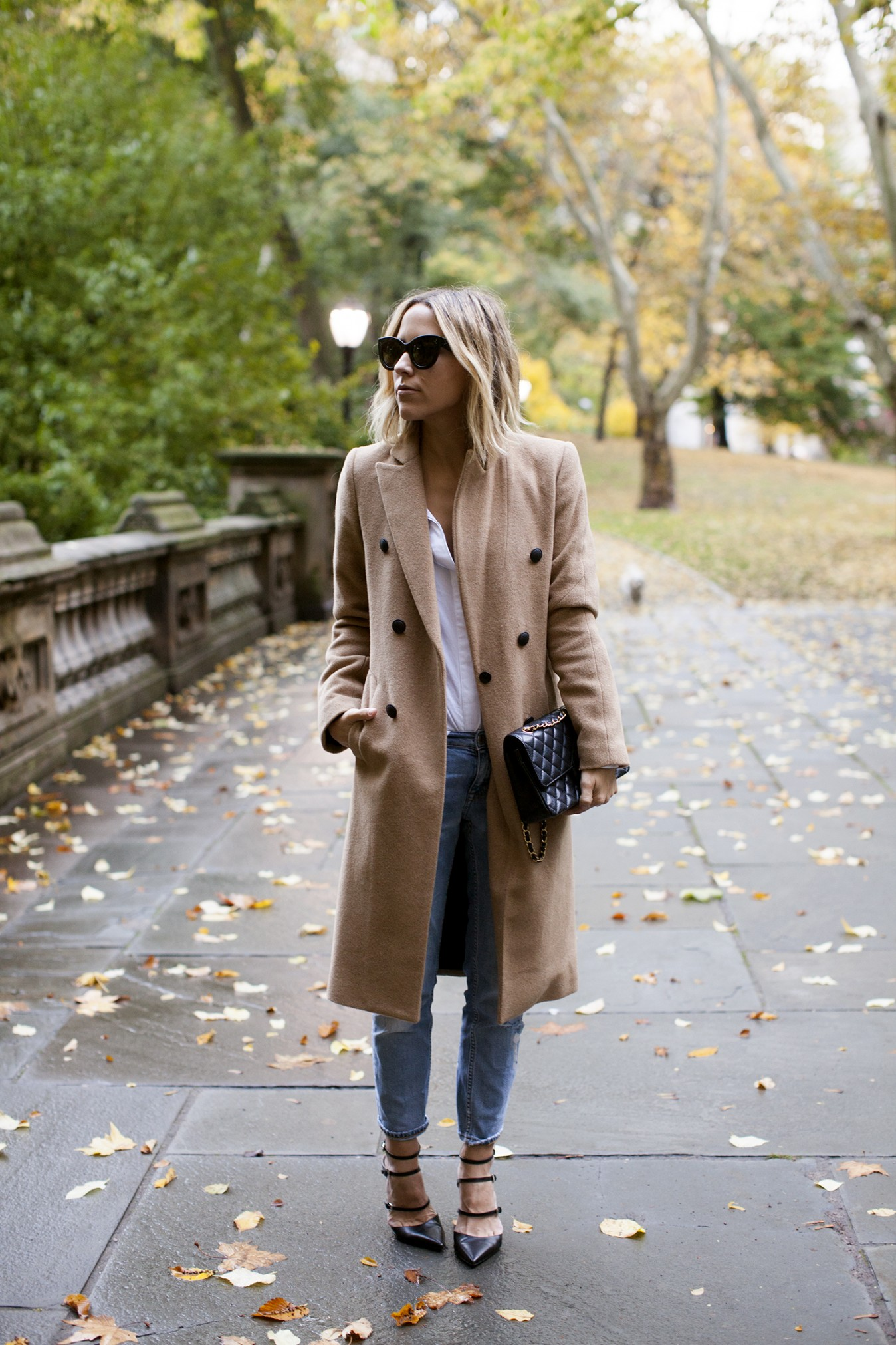 new concept df1e2 7a252 Camel coats are the must have this fall  Jacey Duprie wears hers with a  white