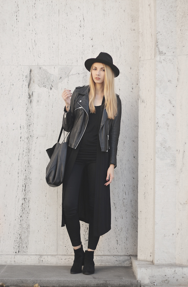 Pavlína Jágrová rocks the all black trend in a long cardigan, leather jacket, and a cute style vintage fedora.   Jacket: Pull & Bear, Top: H&M, Jeans: Lindex, Hat: Tonak, Shoes: ASOS, Bag: Celine.