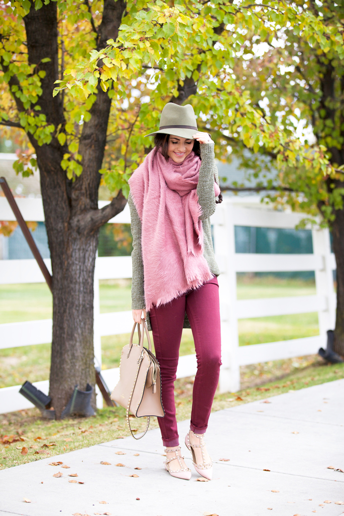 cc48f7a7f3 150 Casual Fall Outfits To Try When You Have Nothing to Wear - Just ...
