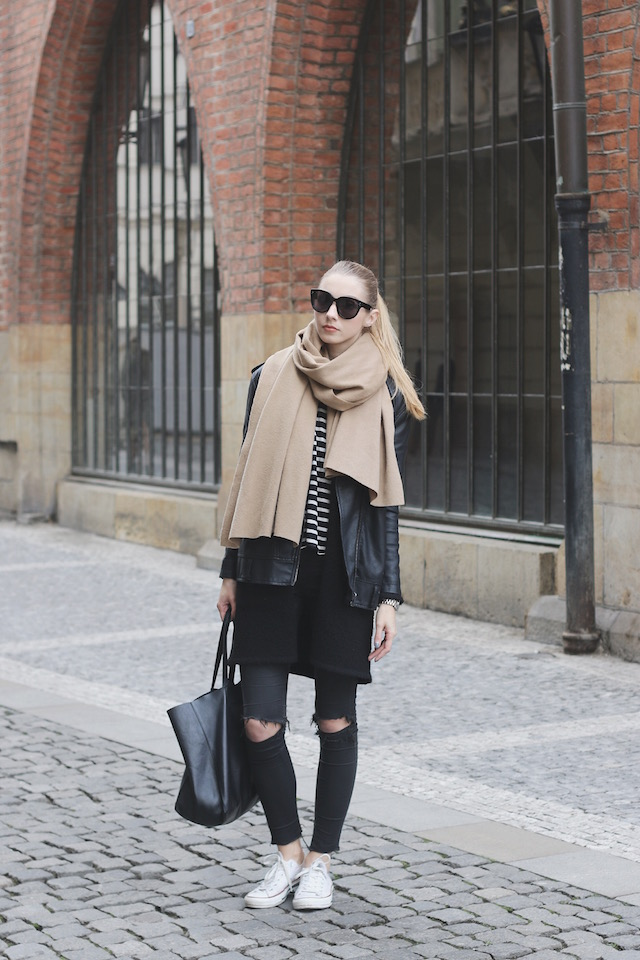 20c005d6ead Pavlína Jágrová wears the oversized scarf trend with a leather jacket and  white converse. Top