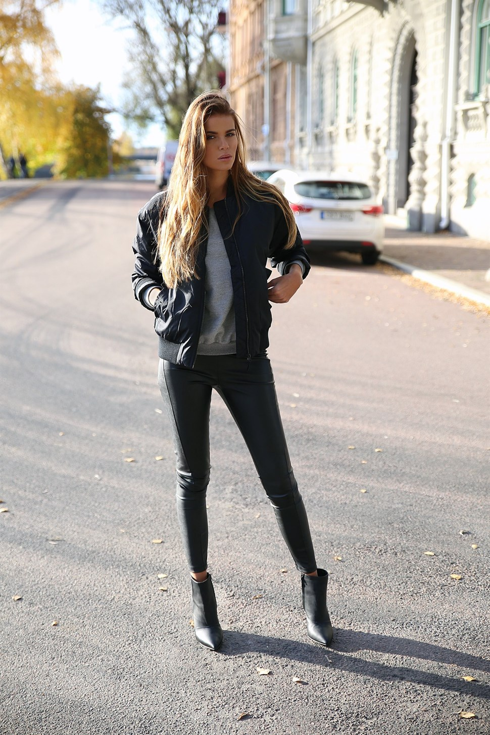 270956f8bcc Josefin Ekström keeps it casual in a black bomber jacket and matching  skinny jeans. Jacket