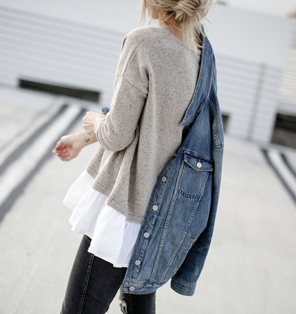 Wearing a layered top and jumper with a denim jacket creates a cool and classy look. Via Mary Seng. Jacket: Madewell, Top: French Connection, Jeans: Moda Nashville, Bag: Coach.