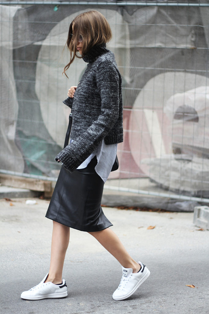 This extra long sleeved cropped knit looks ultra cool on Vanja Milicevic.  Sneakers: Adidas, Skirt/Shirt/Sweater: Zara.