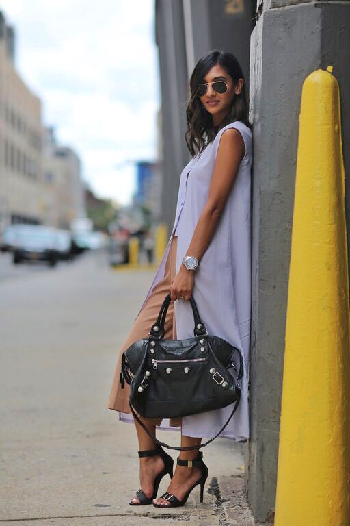 Sleeveless Jacket Trend Outfits 4