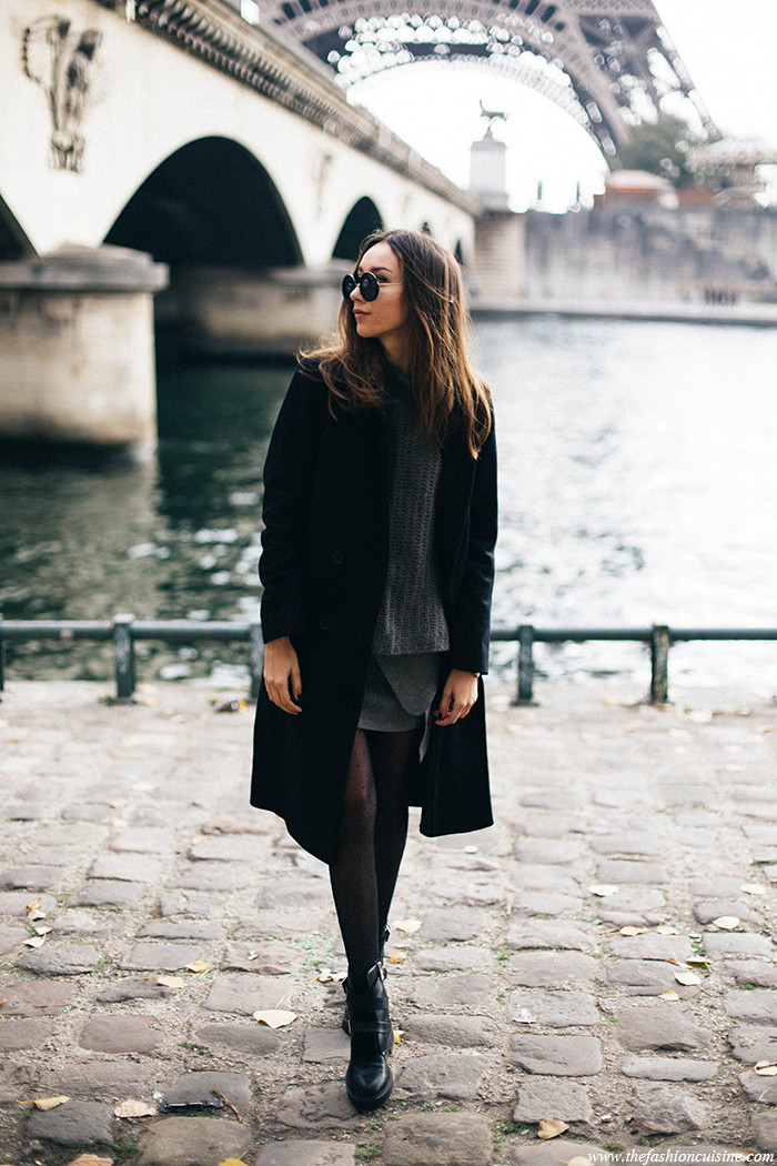 Knitwear is making it's yearly comeback; Beatrice Gutu wears the trend in a grey sweater and matching skirt. Try this look by layering knitwear with tights and leather booties. Coat: Maison Scotch, Sweater/Boots: Zara, Skirt: Chicwish.