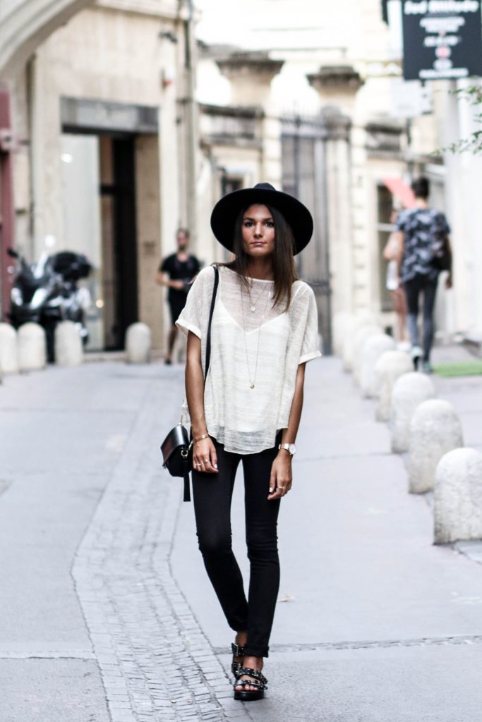 Strip it back to basics and wear a white tee with black jeans to get that classic contrast. Accessorise with a hat to steal Federica L's sleek street style.   Tee: Zara, Jeans: Cheap Monday, Shoes: Bangus.