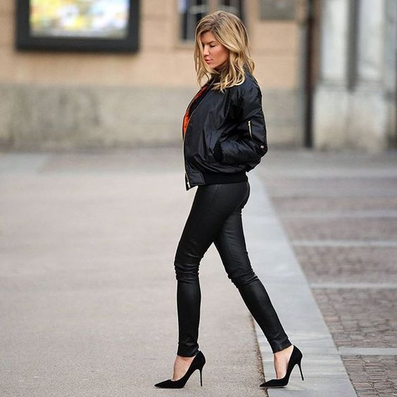 Bomber jacket fashion is always a winner, especially when worn with stilettos and super skinny jeans. This look has got style and sex appeal – we definitely recommend you to try it! Via B.S.08111.  Jacket: Asos, Jeans: Alice & Olivia, Heels: Jimmy Choo.