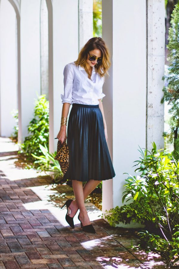 The Pleated Skirt Outfit Is A Game Changer This Spring - Just The ...