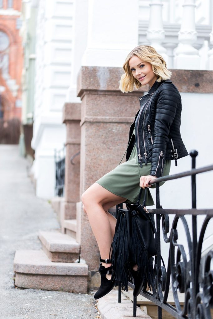A leather jacket is also the perfect choice to throw on over a spring style mini dress, like this green number worn by Caroline Berg Eriksen. Paired with ankle boots, a leather jacket will add a degree of edge to an otherwise typically 'girly' look!  Dress: Nelly, Leather Jacket: Bodaskins, Bag: Zara, Shoes: Bianco.