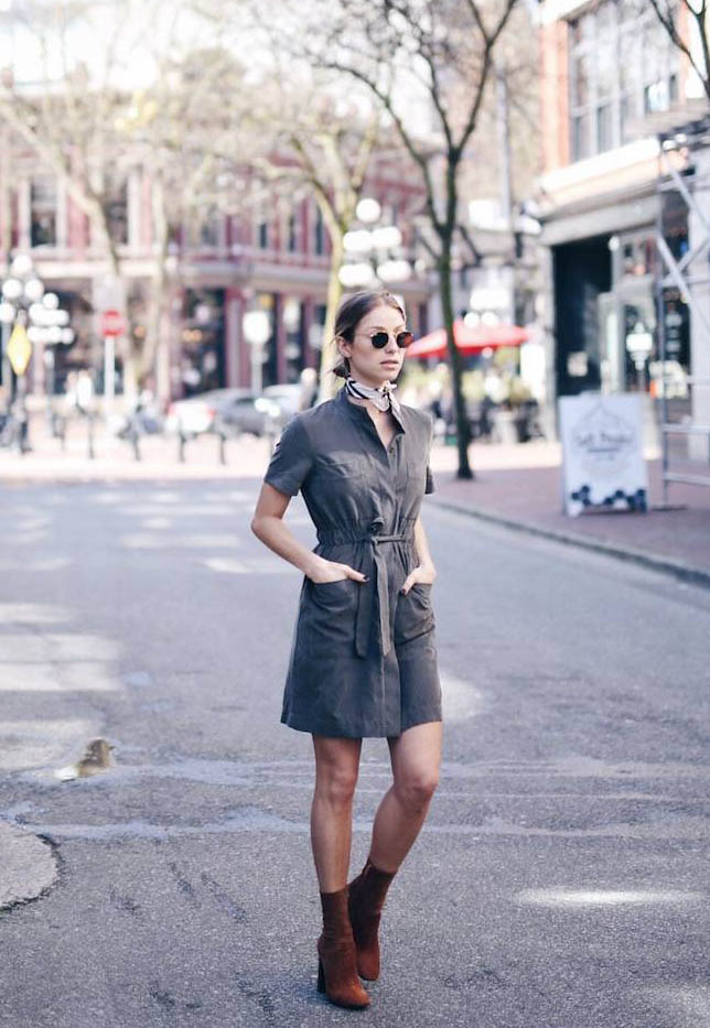 Jill Lansky is rocking a simple but chic style here in a khaki shirt dress and a pair of rust coloured leather booties. A neckerchief and retro style sunglasses are also a must if you want to copy Jill's exact safari style!  Dress: Joe Fresh, Scarf: Aritzia.