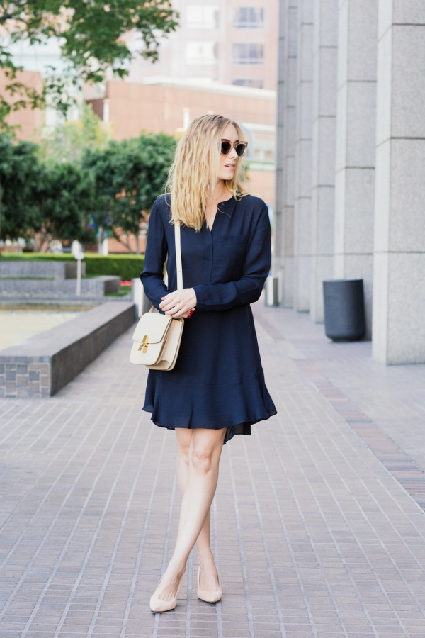 Keep your spring look simple like Kimberly Pesch by wearing an elegant navy dress, paired with nude accessories. This style is fabulous, and perfect for any possible occasion!  Dress: ALC, Shades/Bag: Celine, Shoes: Manolo Blahnik.