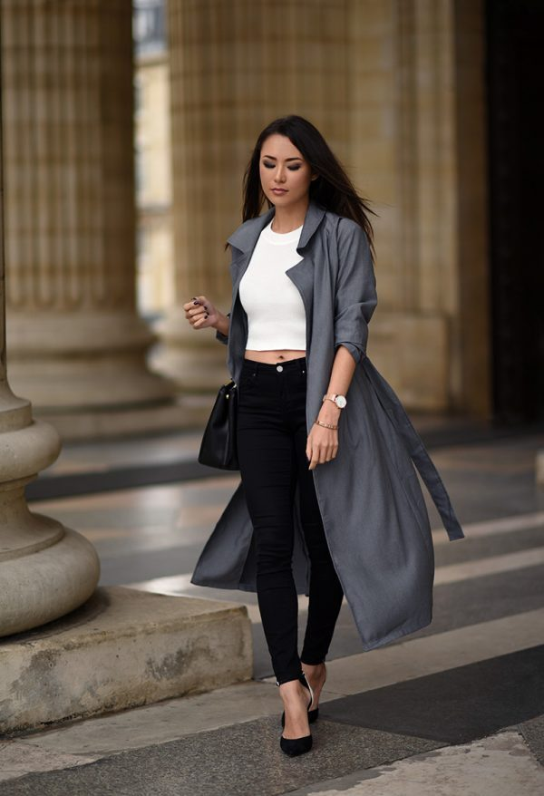 Another must-try trench coat look is the maxi trench! Jessica R. shows us just how effective this style can be, looking utterly elegant in this marl grey number from Shein. Coat/Top: Shein, Jeans: Topshop, Heels: Schutz, Bag: Prada.