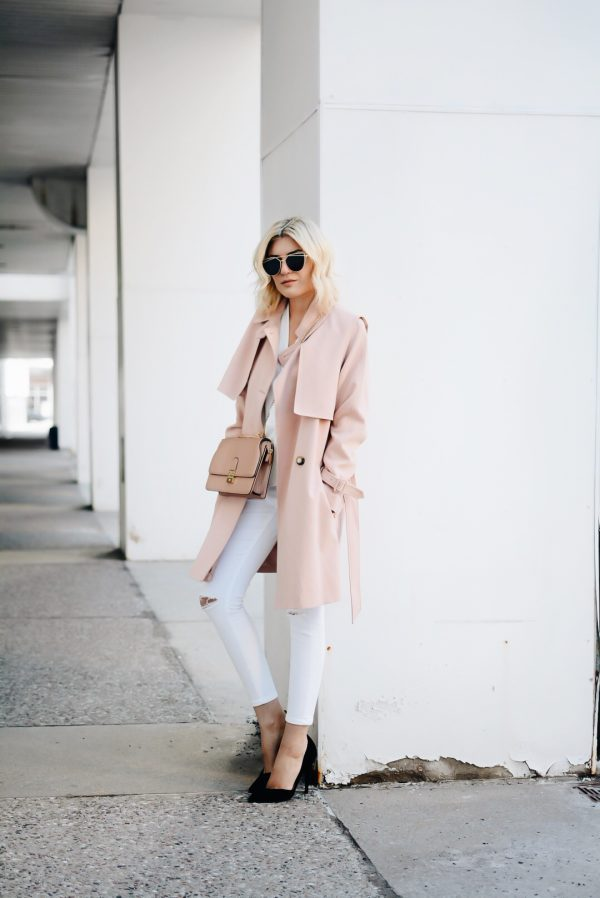 A light pink trench coat is the way to go this season! For a fresh and summery feel, pair white jeans with your pink trench as they will bring out the colour, making for an even cuter style! Via Emily Luciano. Trench/Jeans: Topshop.