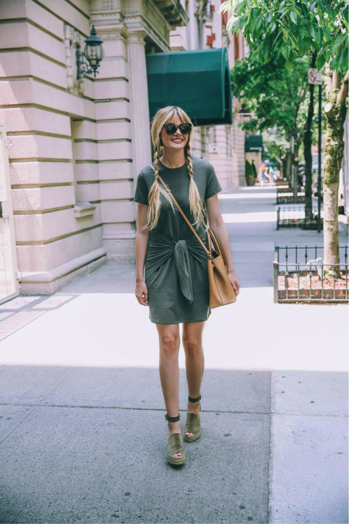 Make people go green with envy, like Amber Fillerup Clark, this summer. She has opted for an all green outfit; we love the flattering tie dress, and the wedges make for a more 'fancy' look.   Dress: Theory, Wedges: Chloé