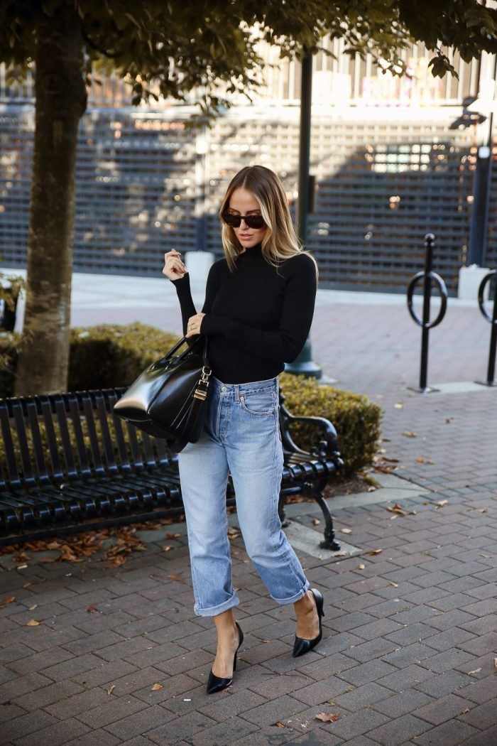 Kristin Sundberg makes wearing a turtleneck cool. She co-ordinates it with a sleek Givenchy bag and rolled up jeans. If you're feeling brave pair yours with leather pants for a rock & roll look. Jeans: Levi, Turtleneck: Chiquelle, Sunglasses: Nividas, Shoes: Zara, Bag: Givenchy