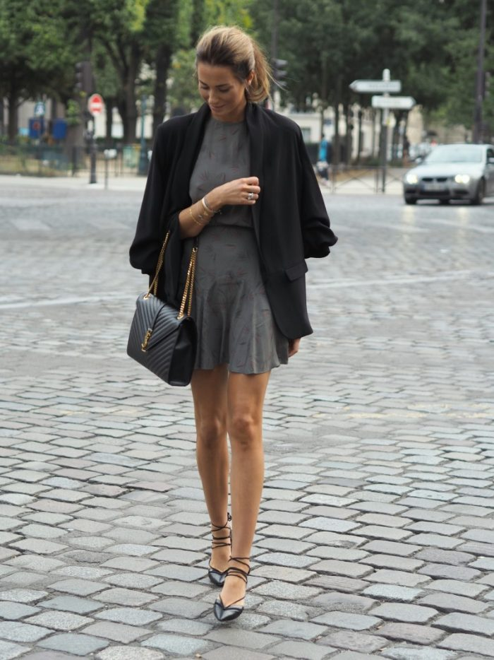 Pirouette around town in ballerina inspired flats. Benedichte has this look down, teaming her grey printed dress with a classic black blazer. Dress: Dixi Sandefjord, Shoes and Jacket: Zara,