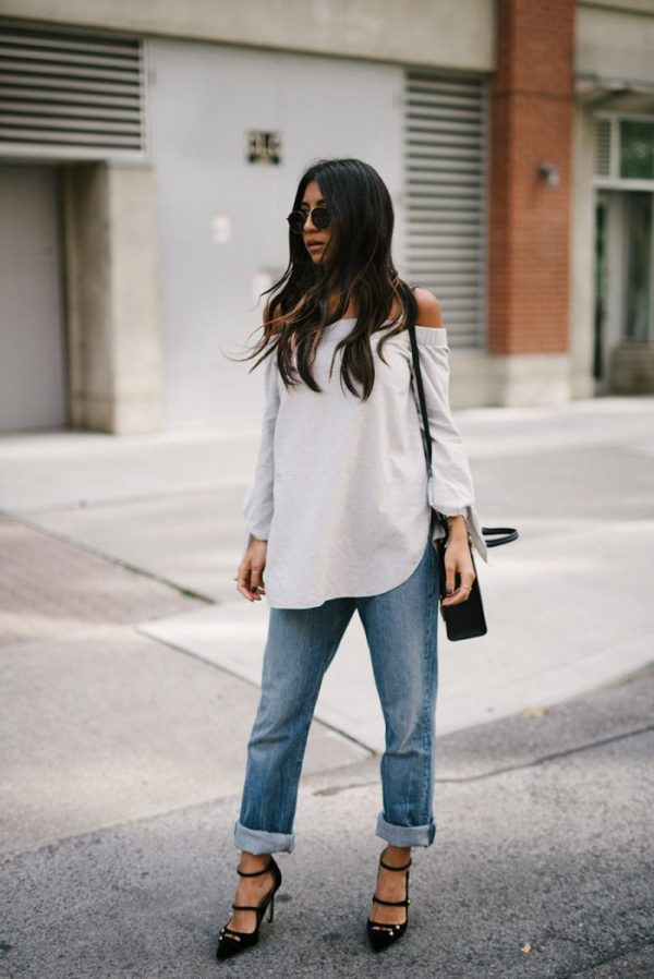 Kayla Seah keeps it simple in a pair of retro roll-bottom jeans and an off the shoulder top in white to contrast. Why not dress up this look with heels and a pair of shades to capture the essence of Kayla's fall fashion. Top: Club Monaco, Jeans: Helmut Lang, Shoes: Jimmy Choo, Bag: Sophie Hulme.