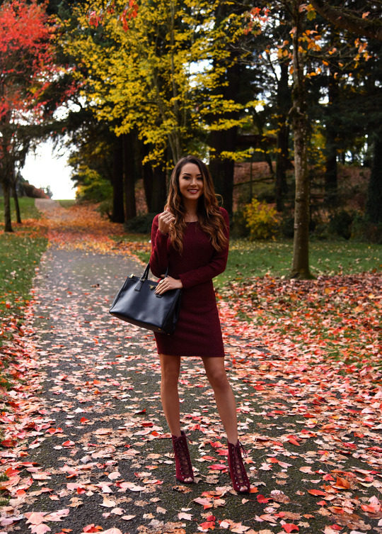 Jessica R. is simply chic in this gorgeous plum coloured mini dress, worn with matching strappy heels for the perfect blend of autumnal glam! Wear this look with an essential leather bag to capture this look. Dress: Charlotte Russe.
