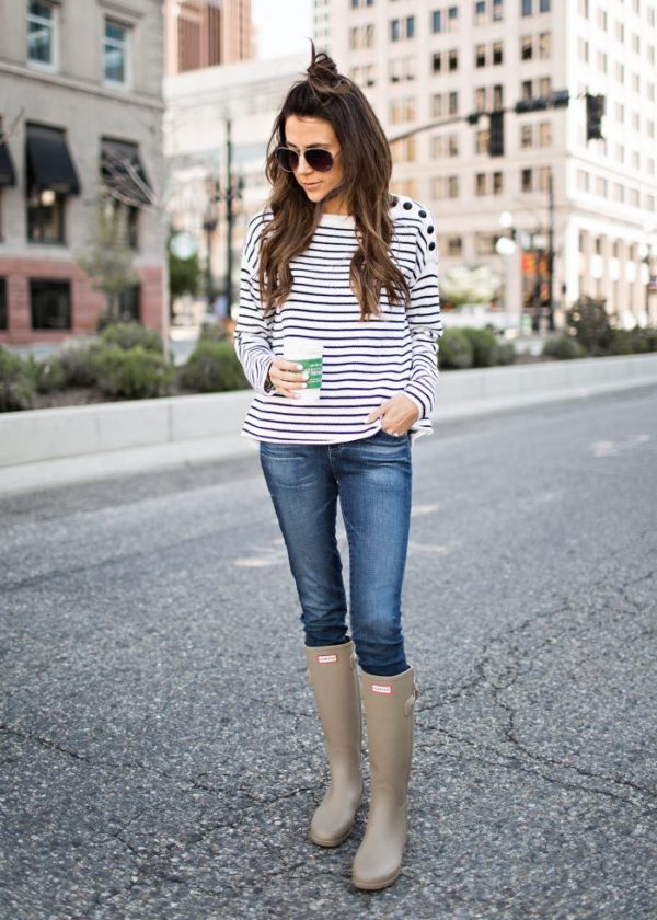 a3860df8468 30 Days of Outfit Ideas: Recap + Hunter Boots + Jeans - Nada Manley ...