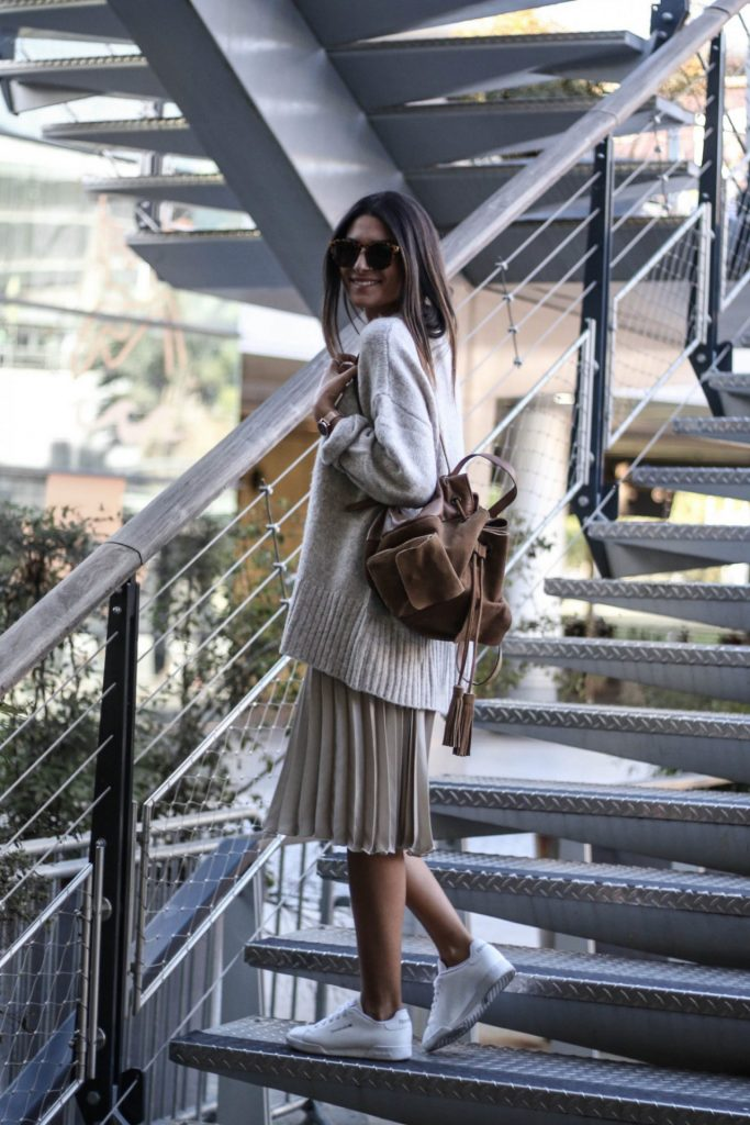 skirt-sweater-outfits-5