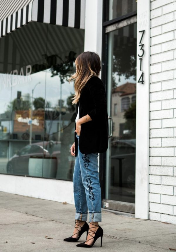 Pam Hetlinger is absolutely rocking this hot new trend that is embroidered trousers! The intricate details on these denim jeans add a definite degree of elegance to this casual look; wear a similar pair with stilettos to steal Pam's style! Jeans: One Teaspoon, Cami: Velvet Blazer, Heels: Asos.