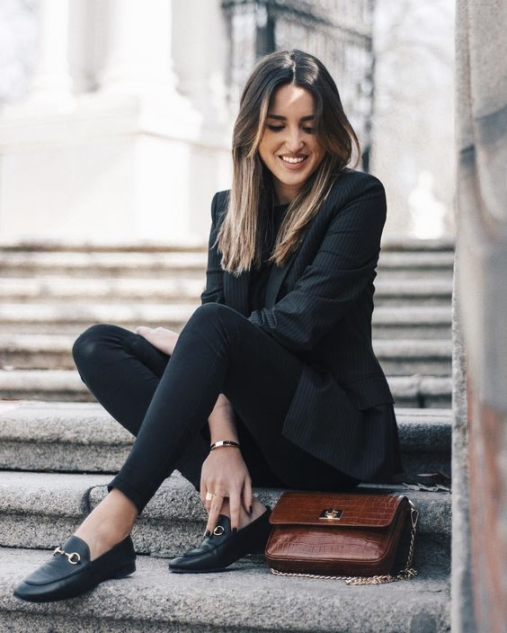 d6881487c99 Alba Hervás wears loafers in a classically cool style  paired with skinny  black jeans and