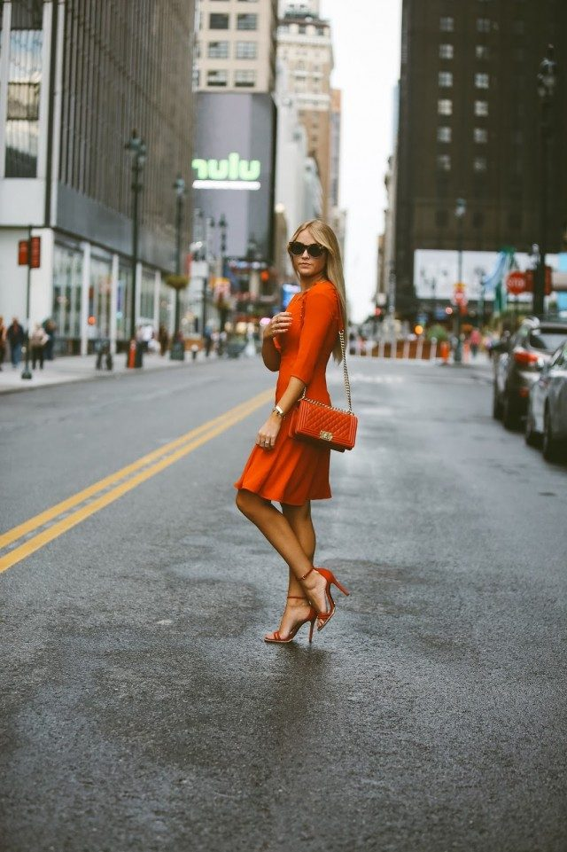 There are hundreds of different shades of red to try on your summer dress! Cara Loren débuts a gorgeous orange-red midi dress here, pairing it with matching sandals and a mini bag. Dress/Shoes: Nordstrom.