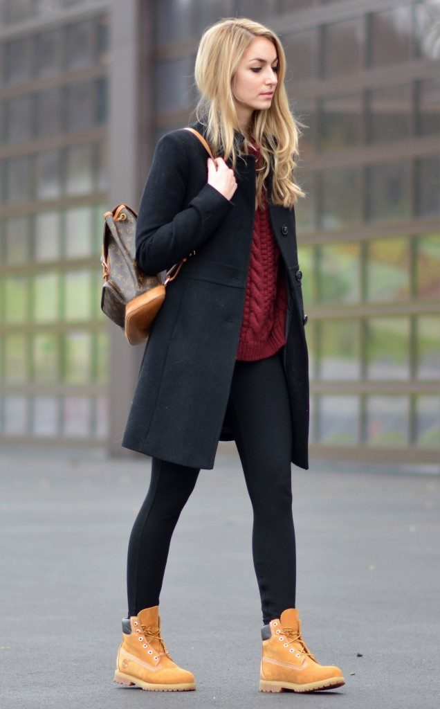 8d4ef94fe07d Timberlands will look great worn with a simplistic leggings and knitwear  outfit